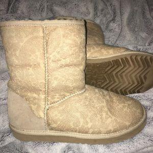 Ugg short paisley tan boots
